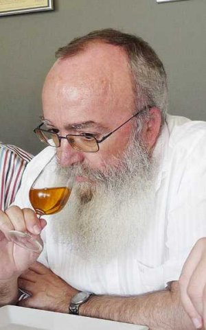 Lamentamos la muerte del investigador Carmelo García Barroso, profesor de la UCA y socio promotor de la PTV