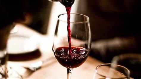 Relación entre el consumo de vino, la dieta y la modulación del microbioma oral e intestinal en la enfermedad de Alzheimer